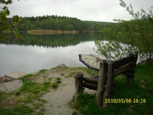 bolevák-lavička